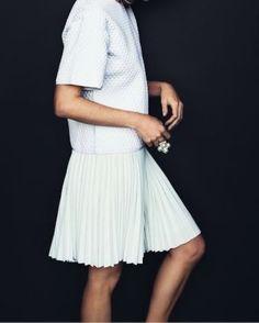 Style | White | Minimal
