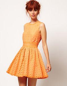 Redheads can wear Orange!