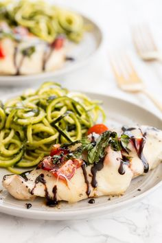 You searched for chicken caprese with pesto zucchini noodles - Inspiralized Baked Ziti With Sausage, Pesto Zucchini Noodles, Caprese Chicken, Spiralizer Recipes, Summer Dishes, Breakfast Dessert, Food Print, Chicken Recipes, Stuffed Peppers