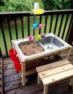 Fun and Easy DIY Outdoor Play Areas For Kids 2017 - DIY Sand And Water Table. You are in the right place about diy Here we offer you the most beautiful - Kids Outdoor Play, Outdoor Play Areas, Backyard Kids, Backyard Parties, Backyard Games, Kids Yard, Backyard Landscaping, Diy For Kids, Crafts For Kids