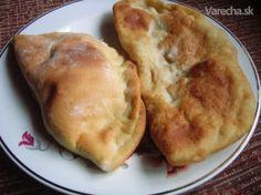 Kapustníky (fotorecept) - recept   Varecha.sk Pie, Desserts, Food, Basket, Red Peppers, Torte, Tailgate Desserts, Cake, Deserts