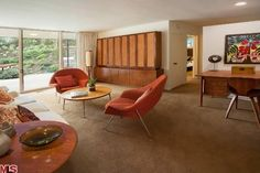 Mad Men style homes! Me likey likey!