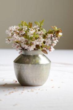 wazon z młotkowanego szkła