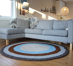 Make a large round carpet to match your living room.