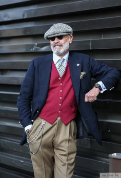 Source: thestreetpie.com - Pitti Uomo 91 Streetstyle
