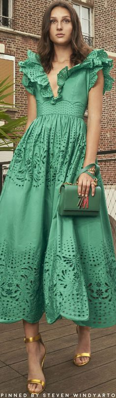 Green Fashion, Fashion Colours, Colorful Fashion, Luxury Fashion, Womens Fashion, Colourful Outfits, Wrap Dress, Cold Shoulder Dress, Women Wear