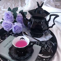 Tea Cup Saucer, Tea Cups, Café Chocolate, Goth Home Decor, Gothic Furniture, Ceramic Teapots, Gothic House, Tea Party, Future
