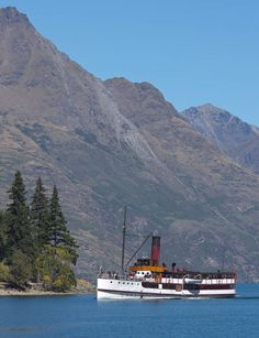 TSS Earnslaw, Cecil Peak, Queenstown, New Zealand