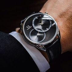 End the working week in style with Dual Time Silver ($65). #Vodrich (:@goldenhourtime)