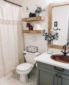 Bad Inspiration, Bathroom Renos, Bathroom Vanities, Bathroom Cabinets, Condo Bathroom, Master Bathroom, Budget Bathroom, Farm House Bathroom Decor, Rustic Bathroom Wall Decor