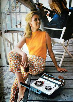 orange top + pattern cigarette pants (1960's)