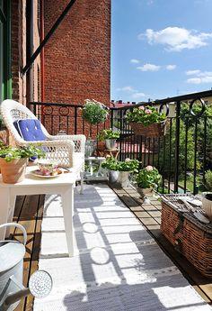 balcony greenery