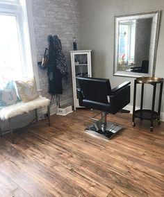 Home Beauty Salon, Home Hair Salons, Hair Salon Interior, Beauty Salon Decor, Salon Interior Design, Home Salon, Beauty Room, Small Hair Salon, Booth