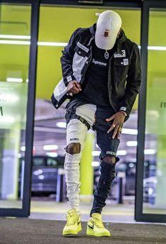 Hype Clothing, Mens Clothing Styles, Mode Streetwear, Streetwear Fashion, Men Looks, Air Force 1 Outfit, Cool Outfits For Men, Dope Fashion, Street Wear