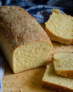 Σπιτικό παραδοσιακό ψωμί | magiacook Vet Cake, Cookbook Recipes, Cooking Recipes, Cheesy Garlic Breadsticks Recipe, Pizza Pastry, Dutch Oven Bread, Bread And Pastries, Greek Recipes, Creative Food