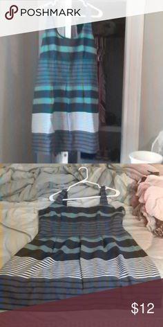lOFT dress Zipper back, silky inside layer, tweed outside layer LOFT Dresses Midi