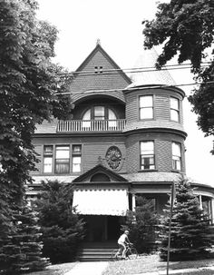 Sackville House in Washington County, Pennsylvania. (Demolished in 1980).