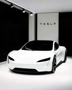 The new Tesla Roadster looks straight from the future! Makes us think of Stormtroopers, but better! The new Tesla Roadster looks straight from the future! Makes us think of Stormtroopers, but better! Luxury Sports Cars, Top Luxury Cars, Exotic Sports Cars, Sport Cars, Exotic Cars, New Sports Cars, Luxury Suv, Sport Bikes, Tesla Motors