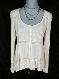 Free People Lace Top XS S Ivory White Floral Shirt Gauze Blouse Boho High Low #Anthropologie#FreePeople #Blouse #Casual#boho#knittop#anthropologieforsale#lace#fashion#freepeople#dressitup#style#trend#designer#socute#backtoschool#adorable#hippie#resale#summer#winter#beauty#gotohaveit#sale#dealfreepeoplefrosale#freepeoplestyle#resale