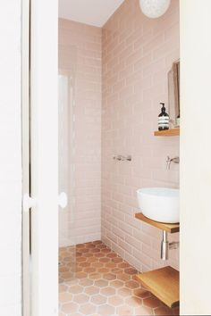 9 Modern (& Sophisticated) Pink Bathrooms | Apartment Therapy