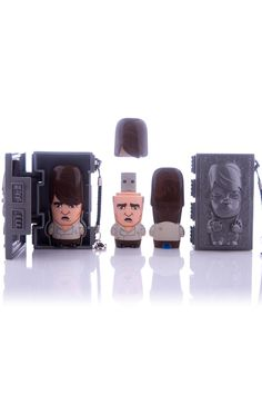 Han in Carbonite USB Flash Drive 4GB with Carrying Case    facebook.com/vitrineme
