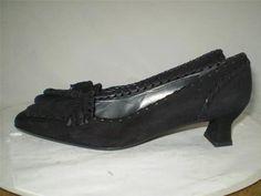 Stuart Weitzman Suede Pump Black Tassel Whipstitching Moc Toe Kitten Heel 6.5 M