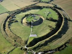 Medieval royal palaces, discovered in November 2014