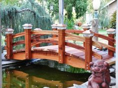 Garden Planning personable-wooden-bridges-a-must-for-any-koi-pond-garden-decoration - There are many uses for a wooden garden bridge which will instantly enhance the beauty of your pond or garden. Pond Bridge, Garden Bridge, Garden Types, Casa Patio, Japanese Garden Design, Japanese Style, Bridge Design, Ponds Backyard, Wooden Garden