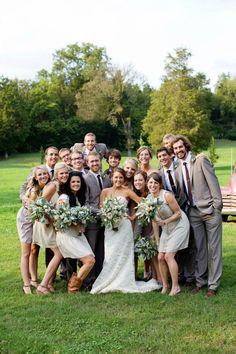 Great shot of the wedding party! www.cedarwoodweddings.com
