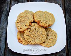 Cannot wait to make these sometime! Yummy PB cookies :)