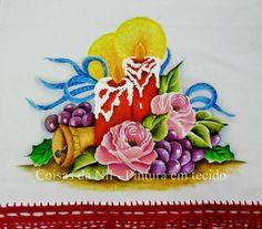 Coisas da Nil - Pintura em tecido: Velas, sino, uvas e rosas.