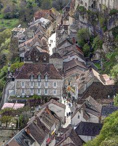 Rocamadour - Lot - France Rocamadour France, City Photo, Photos, Castle, Mansions, House Styles, Places, History, Tourism