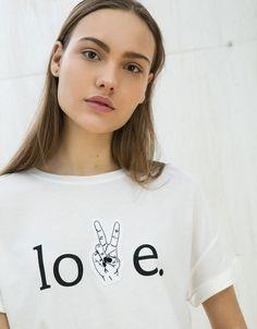 Love patch top - T- Shirts - Bershka United Kingdom