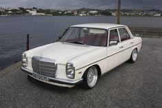 Mercedes-Benz 230.6