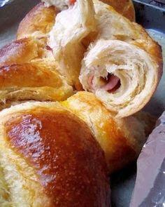 Τσουρέκι αλμυρό !!! ~ ΜΑΓΕΙΡΙΚΗ ΚΑΙ ΣΥΝΤΑΓΕΣ 2 Greek Easter Bread, Pretzel Bites, Doughnut, French Toast, Cheese, Cooking, Breakfast, Desserts, Food