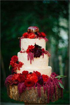 wedding cake idea; photo: Claire Marika Photography