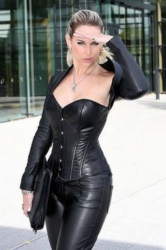 High Class Leather Fashion Lady High Class Leather Fashion Lady Outfits High Class Leather Fashion Lady Related Healthy Mediterranean Diet Recipes and Meal Ideas - Dieta sirtfood Inspirierende Best. Leather Bustier, Leather Pants, Black Leather, Leather Jackets, Corset Outfit, Fast Fashion, Womens Fashion, Latex Corset, Lady