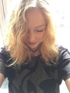 Molly C. Quinn (@MollyQuinn93) | Natural hair is always my fav hair