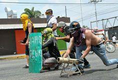 #Palavecino #24M Los morteros improvisados de la resistencia.