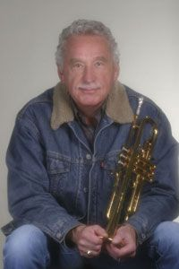 Doc Severinsen from Late Night with Johnny Carson doc_bio Here's Johnny, Johnny Carson, Doc Severinsen, Ed Mcmahon, Trumpet Mouthpiece, Brass Instrument, Trumpet Players, Jazz Musicians, Amazing Pics