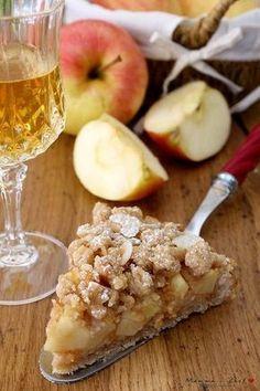 Crumbled apple - Mammachechef- Sbriciolata di mele – Mammachechef Crumbled with apples - Apple Recipes, Sweet Recipes, Cake Recipes, Dessert Recipes, Doce Light, Tortillas Veganas, Torte Cake, Vegan Cake, Just Desserts