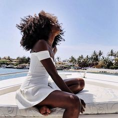 Sexy Motors and Lifestyle Dark Beauty, Beauty Skin, Dreads, Curly Hair Styles, Natural Hair Styles, Dark Skin Girls, Natural Hair Inspiration, Hair Journey, Brown Skin