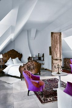A room at the Chateau de Buno, located near Paris. (modern and white architecture of the room and the dark wooden antique furniture, such as the bed or the door. Dream Bedroom, Home Bedroom, Bedroom Decor, Design Bedroom, Style At Home, Beautiful Bedrooms, Home Fashion, Interior Inspiration, Interior And Exterior