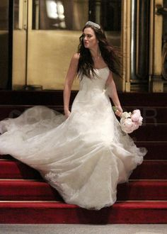 Thats better- Blair running into Chuck's arms! <3 #CHAIR