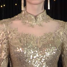 Gold Sparkly Dress, Gold Gown, Beautiful Dresses, Nice Dresses, Formal Dresses, Dresses Dresses, Gold Formal Dress, Batik Dress, Lace Dress