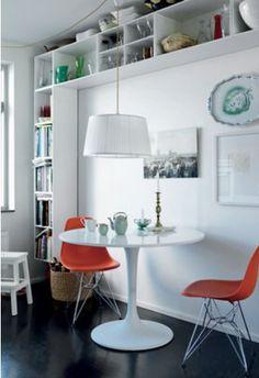 Intimate Two Seater Dining Setting   Via Jennyshus: