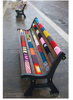 halogencat:    Park bench.  Photo by: Alessandro Urbani