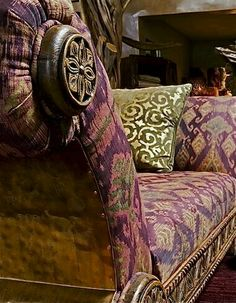 Eye For Design: Decorating With Aubergine/Eggplant Shades Of Purple, Green And Purple, Olive Green, Plum Purple, Green Colors, Lilac, Plum Decor, Chillout Zone, Rose Cottage
