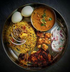 Mutton Biryani – Famous Last Words Veg Recipes, Indian Food Recipes, Asian Recipes, Vegetarian Recipes, Cooking Recipes, Dishes Recipes, Comida India, Kerala Food, Snap Food