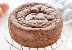 chocolate sponge cake with Thermomix Thermomix Desserts, Ww Desserts, Weight Watchers Desserts, Dessert Ww, Weigh Watchers, Chocolate Sponge Cake, Marble Cake, Healthy Juices, 200 Calories